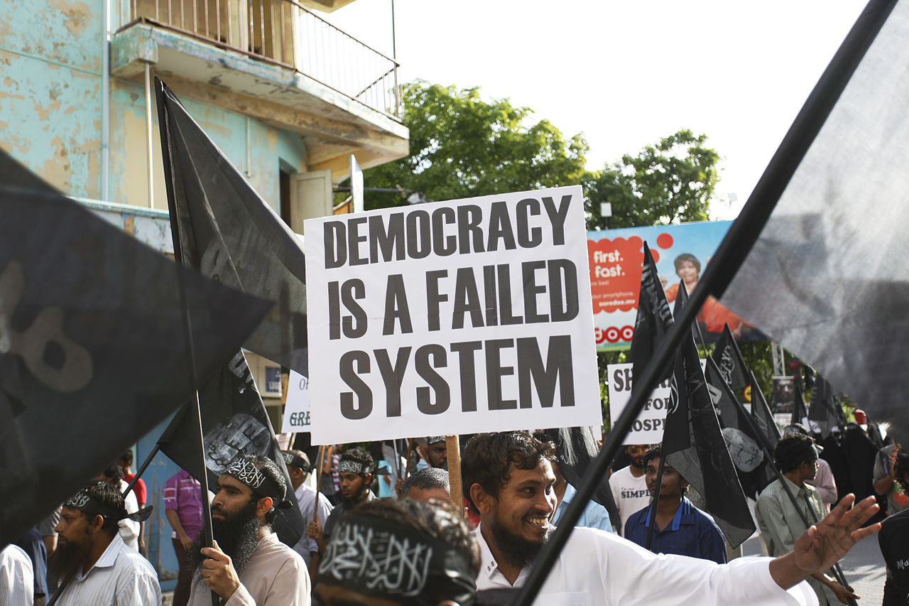 Dying Regime from Maldives • CC BY 2.0