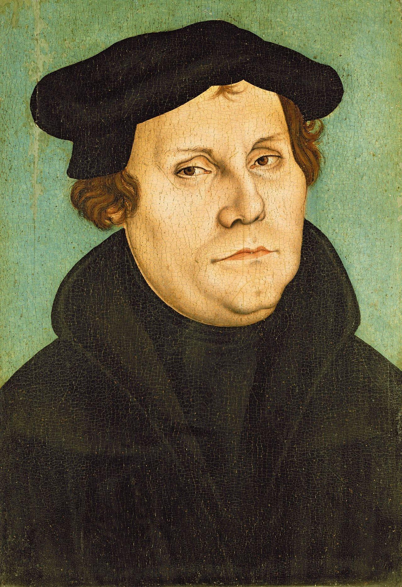 Martin Luther (Werkstatt Lucas Cranachs des Älteren, 1528, Sammlung Lutherhaus Wittenberg) Atelier/Werkstatt von Lucas Cranach der Ältere •Public domain