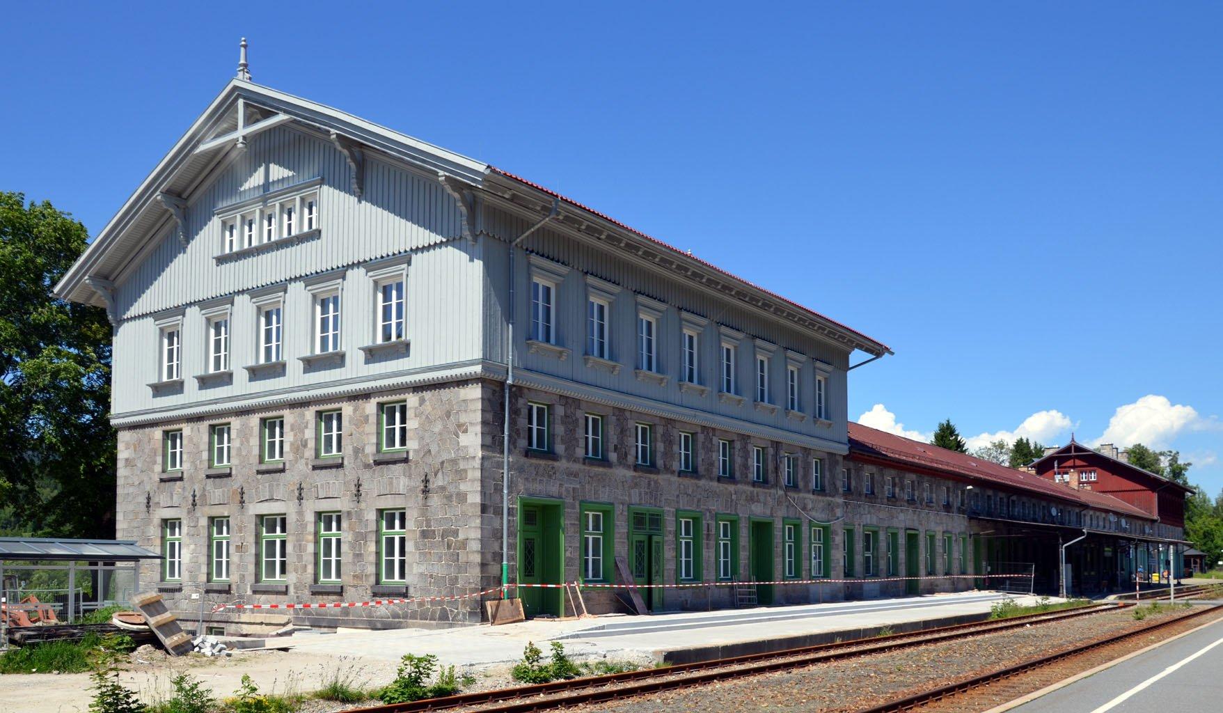 Bahnhof Bayerisch Eisenstein im Juni 2012 • K. Jähne • CC BY-SA 3.0